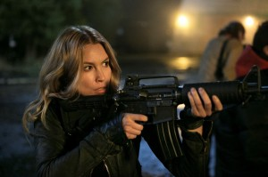 Sarah-Carter-in-FALLING-SKIES